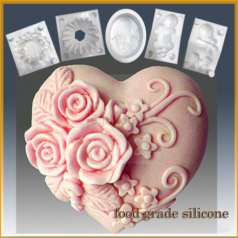 Triple Rose Heart- Detail of high relief sculpture - Food grade
