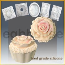 Cup Cake with Rose Icing - Detail of high relief sculpture - Food grade