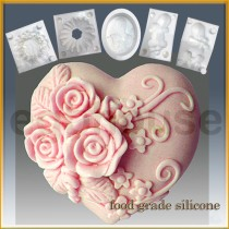 Triple Rose Heart- Detail of high relief sculpture - Food grade