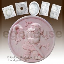 Santa and the Candy Can - Detail of high relief sculpture food grade mold