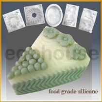 Wedding Cake Slice * Flower - Detail of high relief sculpture - Food grade