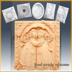 Angelic Friends - Detail of high relief sculpture - Food grade