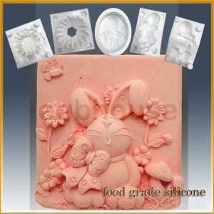 Bunny, Bow and Daisies- Detail of high relief sculpture - Food grade